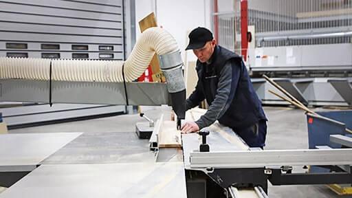 Holzzuschnitt bei Leyendecker HolzLand in Trier